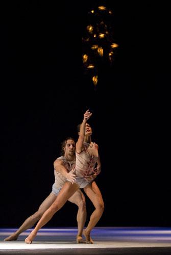 Lux, chorégraphie de Ken Ossola